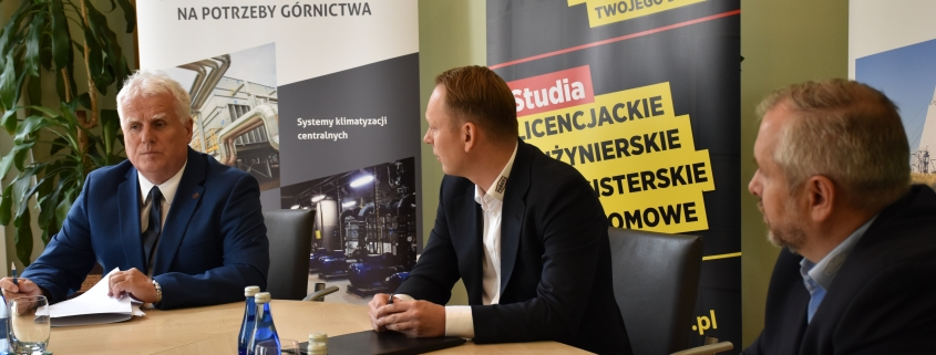 Podpisanie umowy partnerskiej pomiędzy UJW a spółką PeBeKa